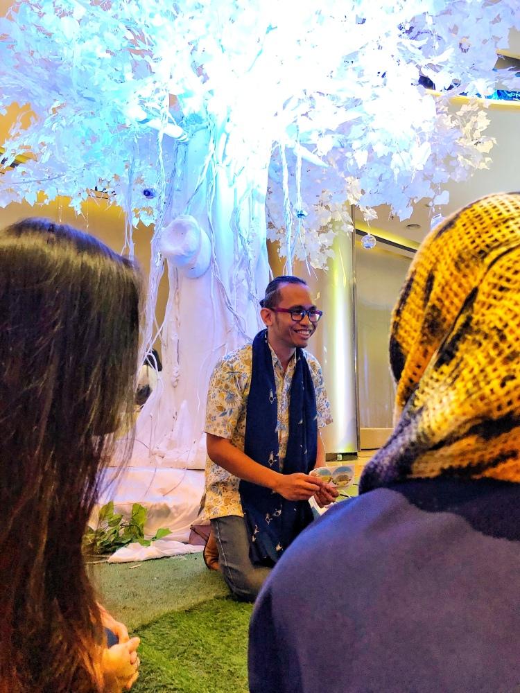 Ariya Zidni, Pendiri Komunitas Ayo Dongeng Indonesia