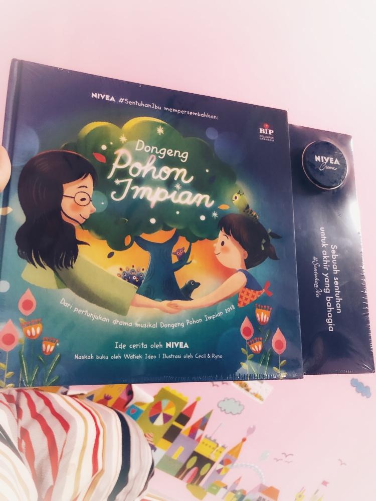 Rry Rivano NIVEA #SentuhanIbu: Buku Dongeng Pohon Impian