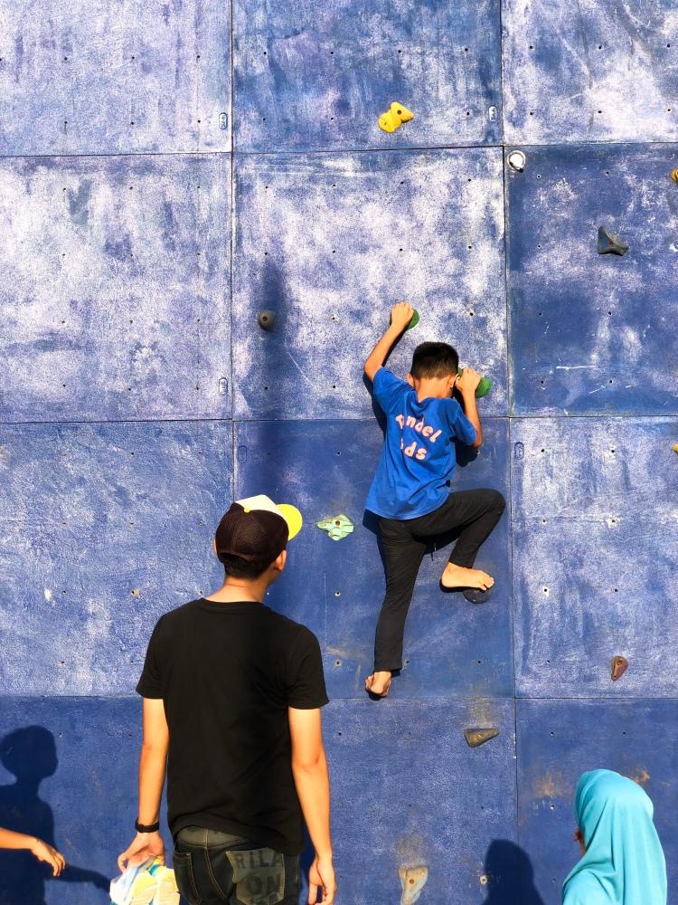 Wall Climbing, Alun Alun Taman Kota Depok, Rry Rivano