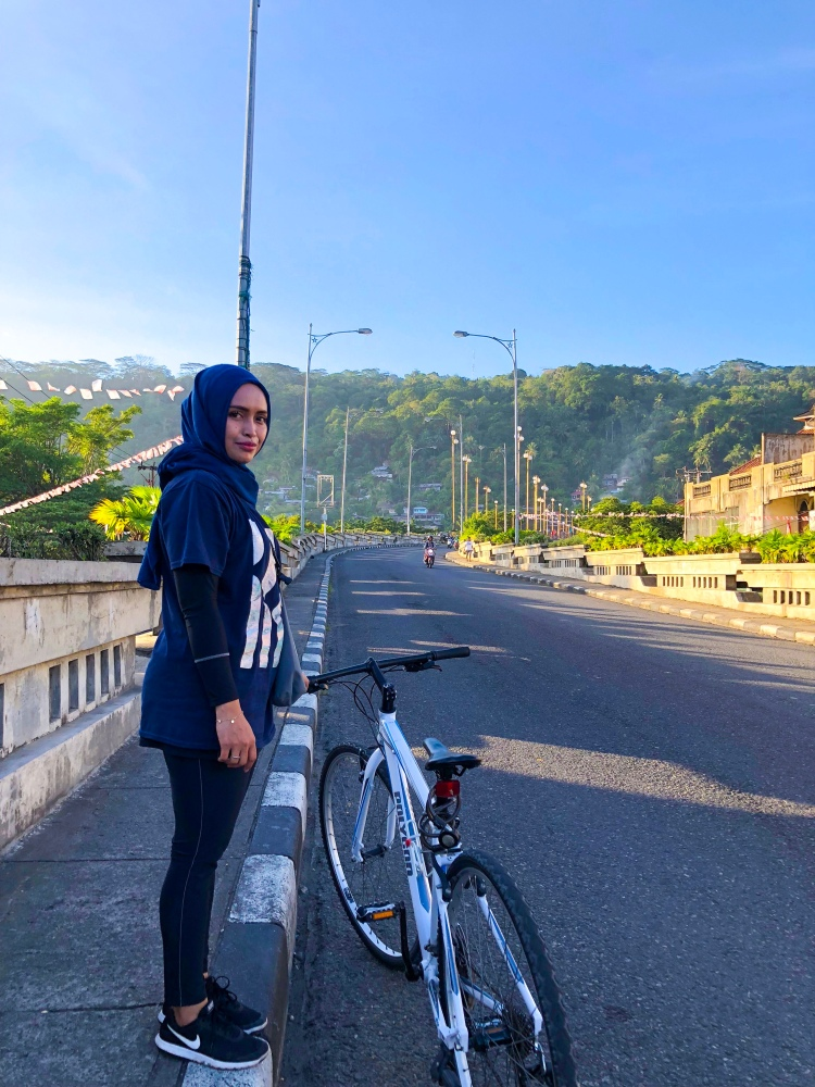 Padang, Rry Rivano Sepedahan